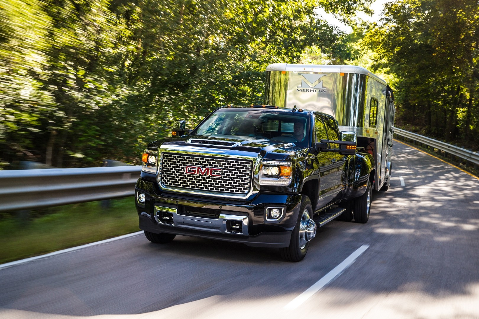 2017 chevrolet silverado hd duramax first look reviews. Black Bedroom Furniture Sets. Home Design Ideas