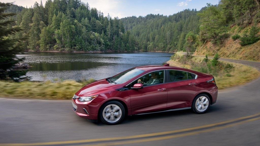 2017 Chevrolet Volt Gets More Of Everything But Not Much Autoevolution