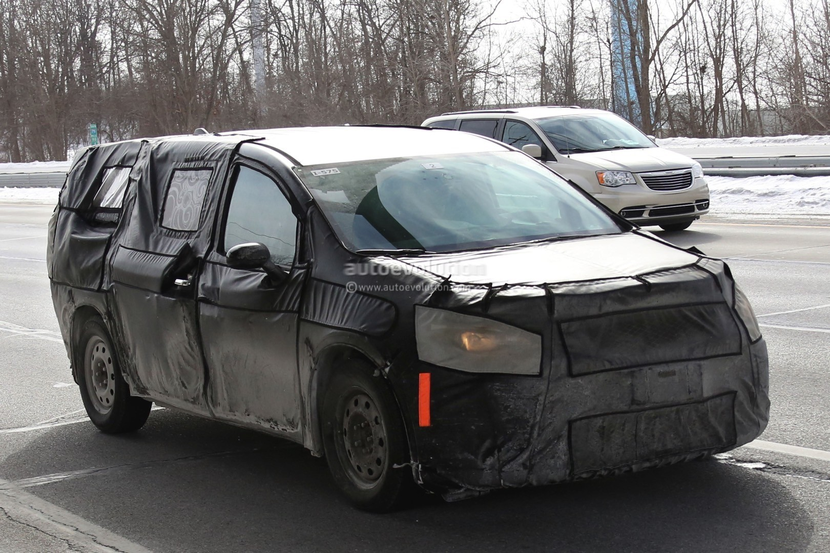 2017 Chrysler Town Amp Country Spied Inside And Out