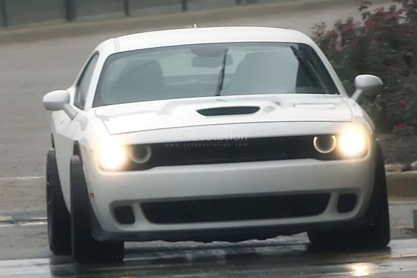 Dodge Challenger Hellcat Adr Spied Is A Widebody Sore Thumb