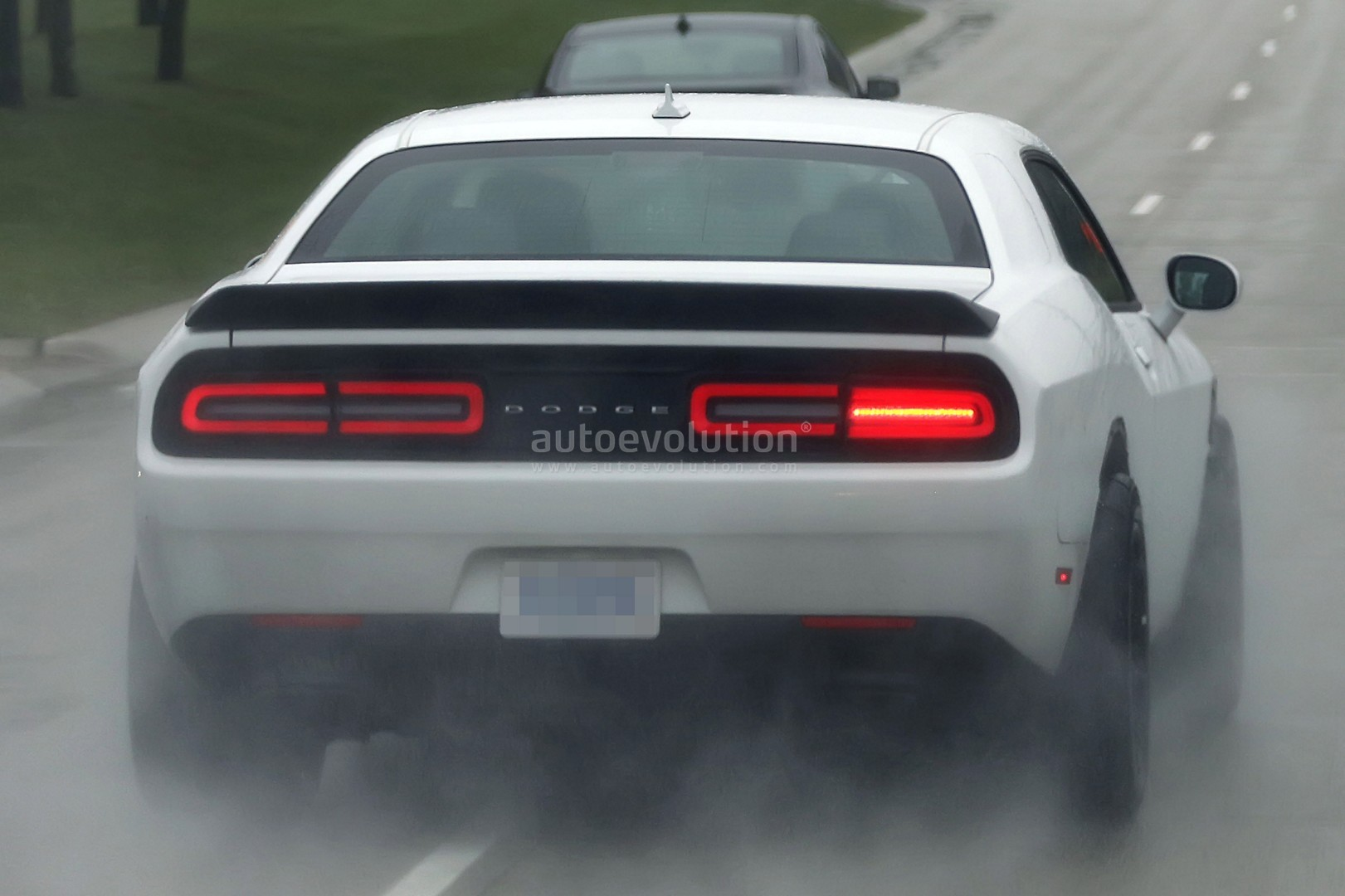 2017 Dodge Challenger GT Goes Official With AWD and V6 Engine Thanks to the EPA - autoevolution