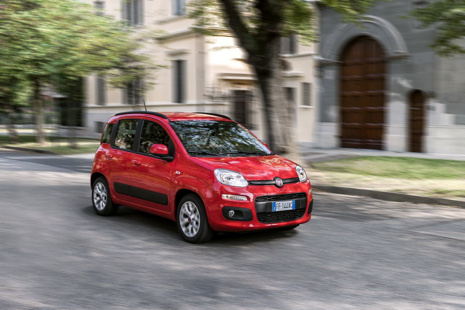 Uconnect Access App >> 2017 Fiat Panda Gets Small Updates and Uconnect ...