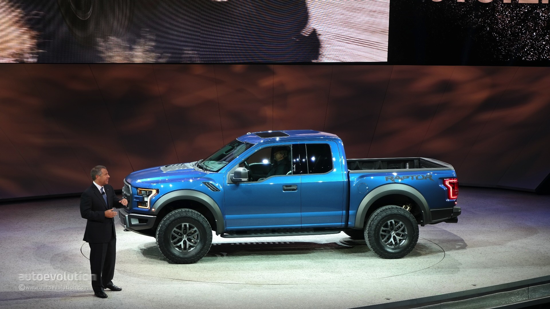 2017 Ford F-150 Raptor Debuts at Detroit, Feels More Practical [Live Photos] - autoevolution