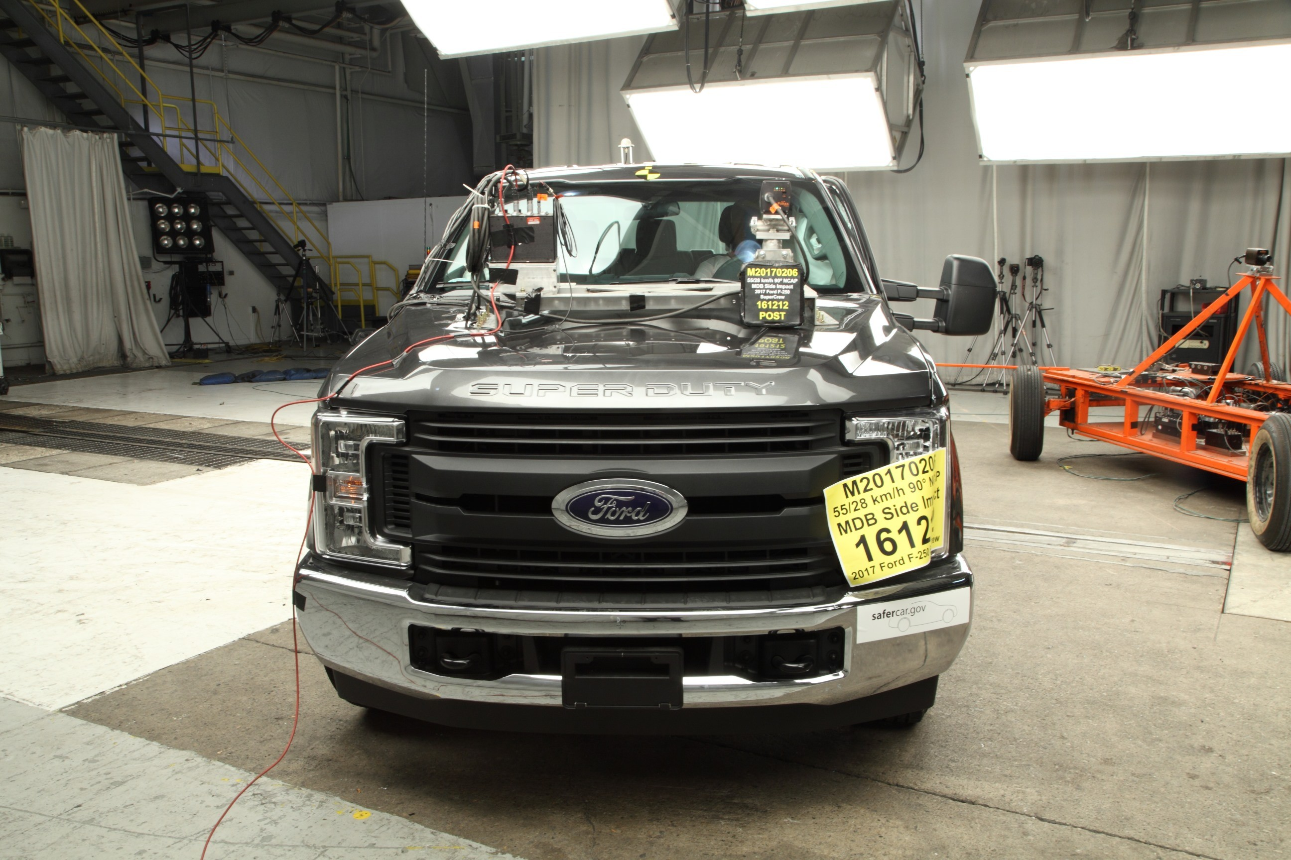 2017 ford f 250 supercrew nhtsa crash test