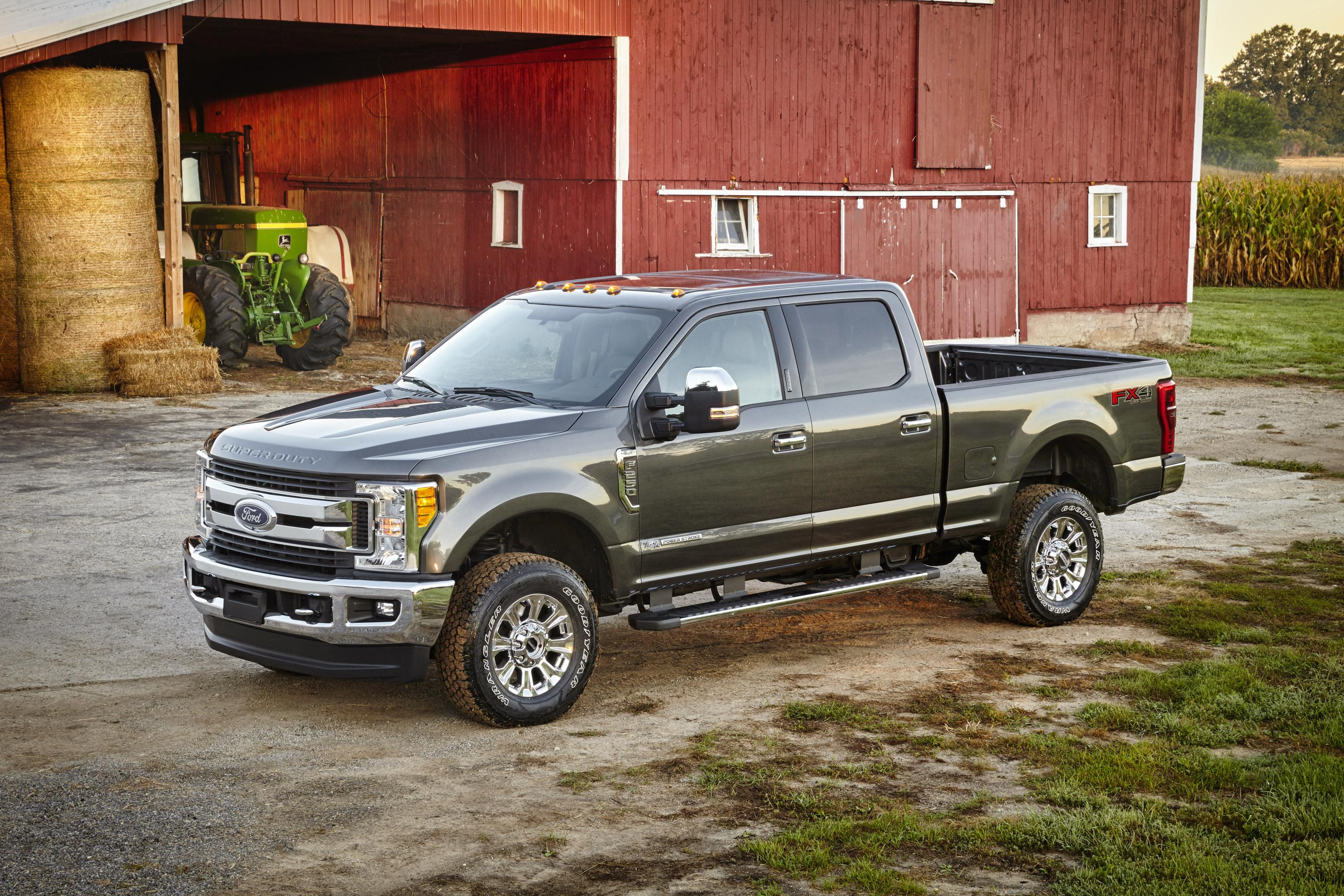 2017 ford f series super duty tested in michigan it s built tough autoevolution. Black Bedroom Furniture Sets. Home Design Ideas