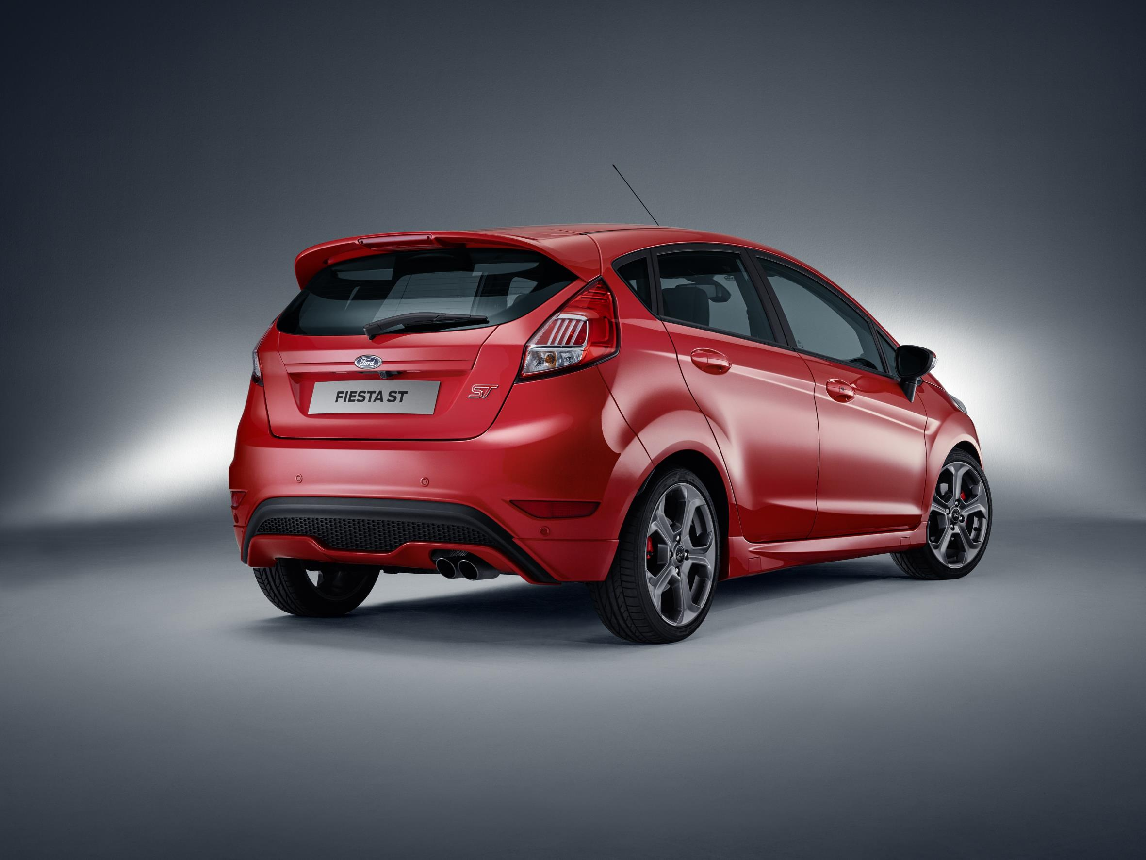 2017 Ford Fiesta St Five Door Introduced In Europe