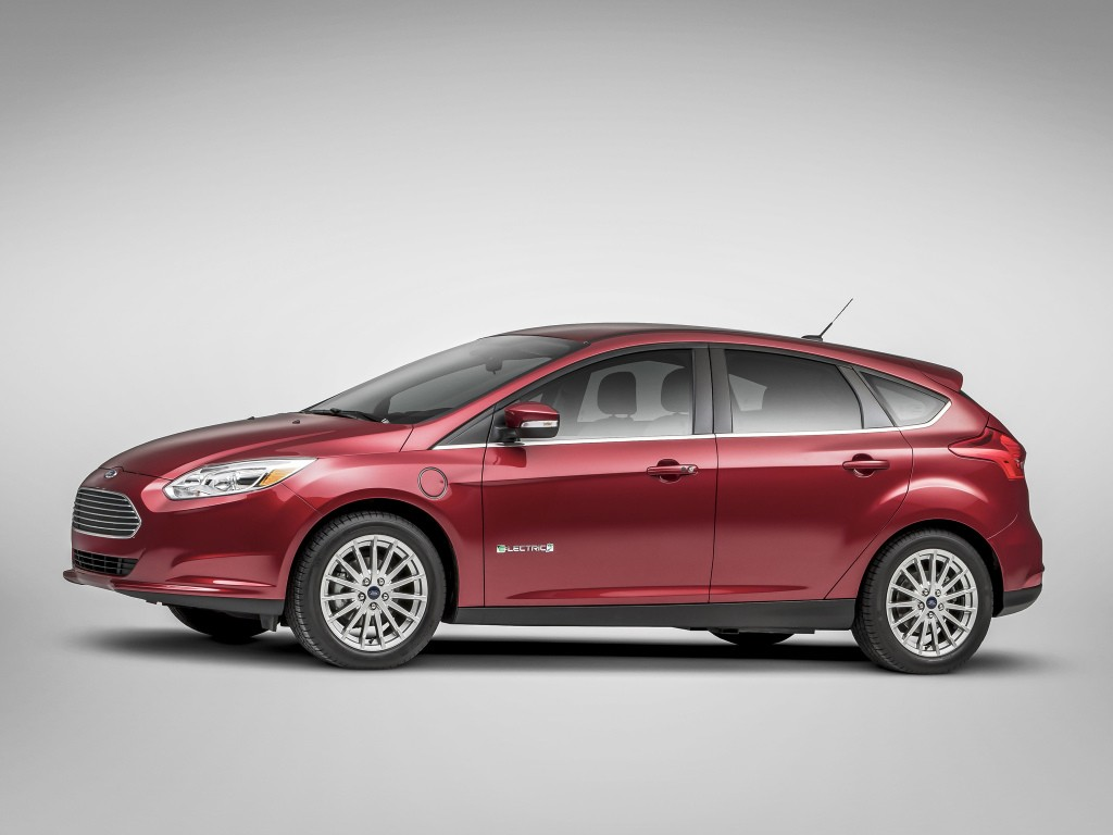 2017 ford focus electric to get 33 5 kwh battery 110 mile range expected autoevolution. Black Bedroom Furniture Sets. Home Design Ideas