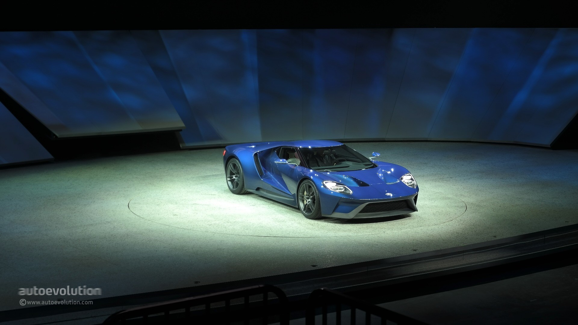 All New Ford Gt Concept Live Photo  Detroit Auto Show