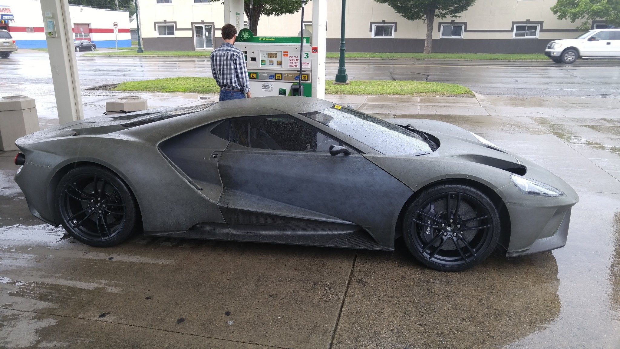 Ford Gt Prototype At Gas Station