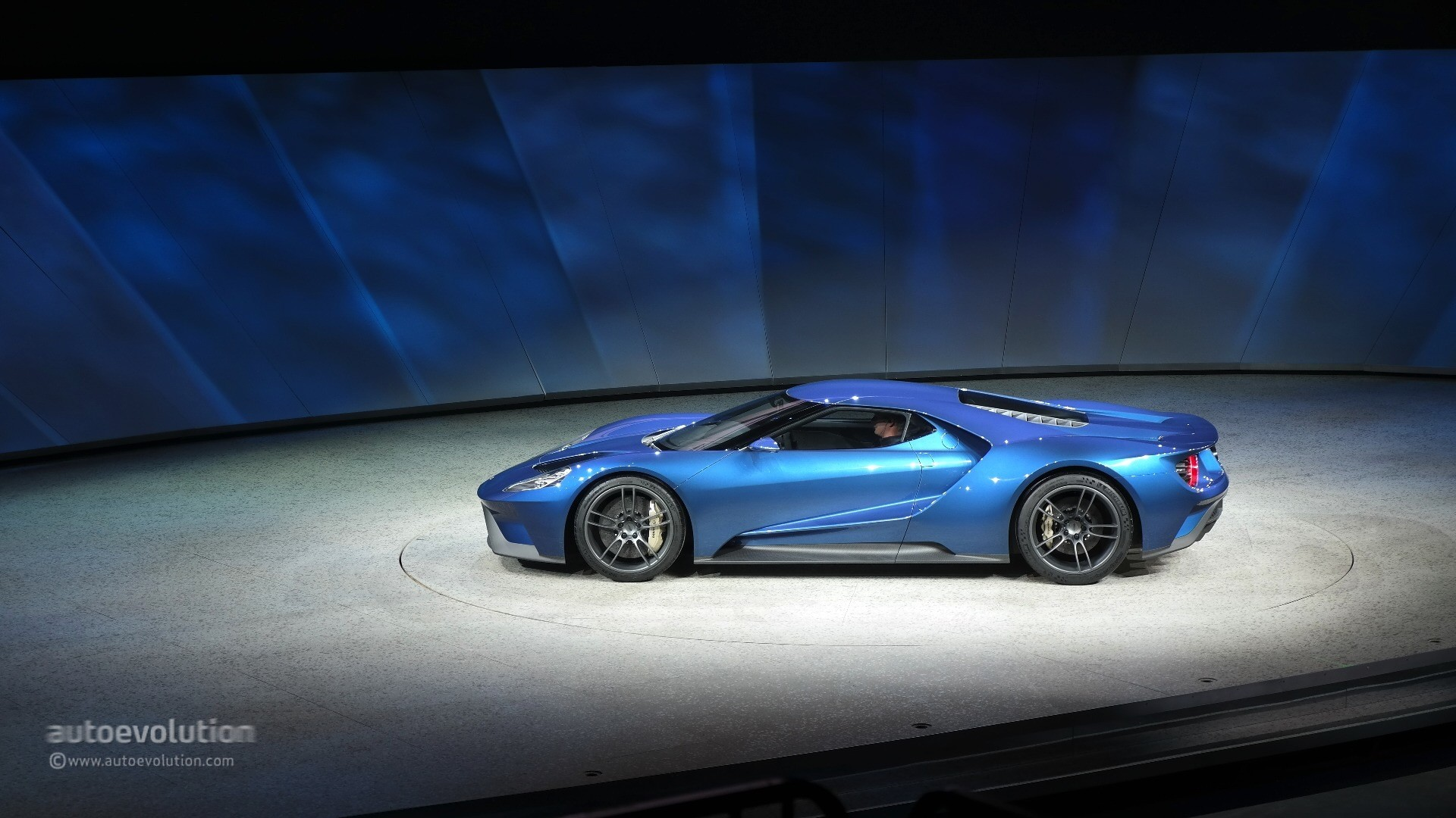 2017 Ford GT Supercar Teased in Forza Motorsport 6 Trailer - autoevolution