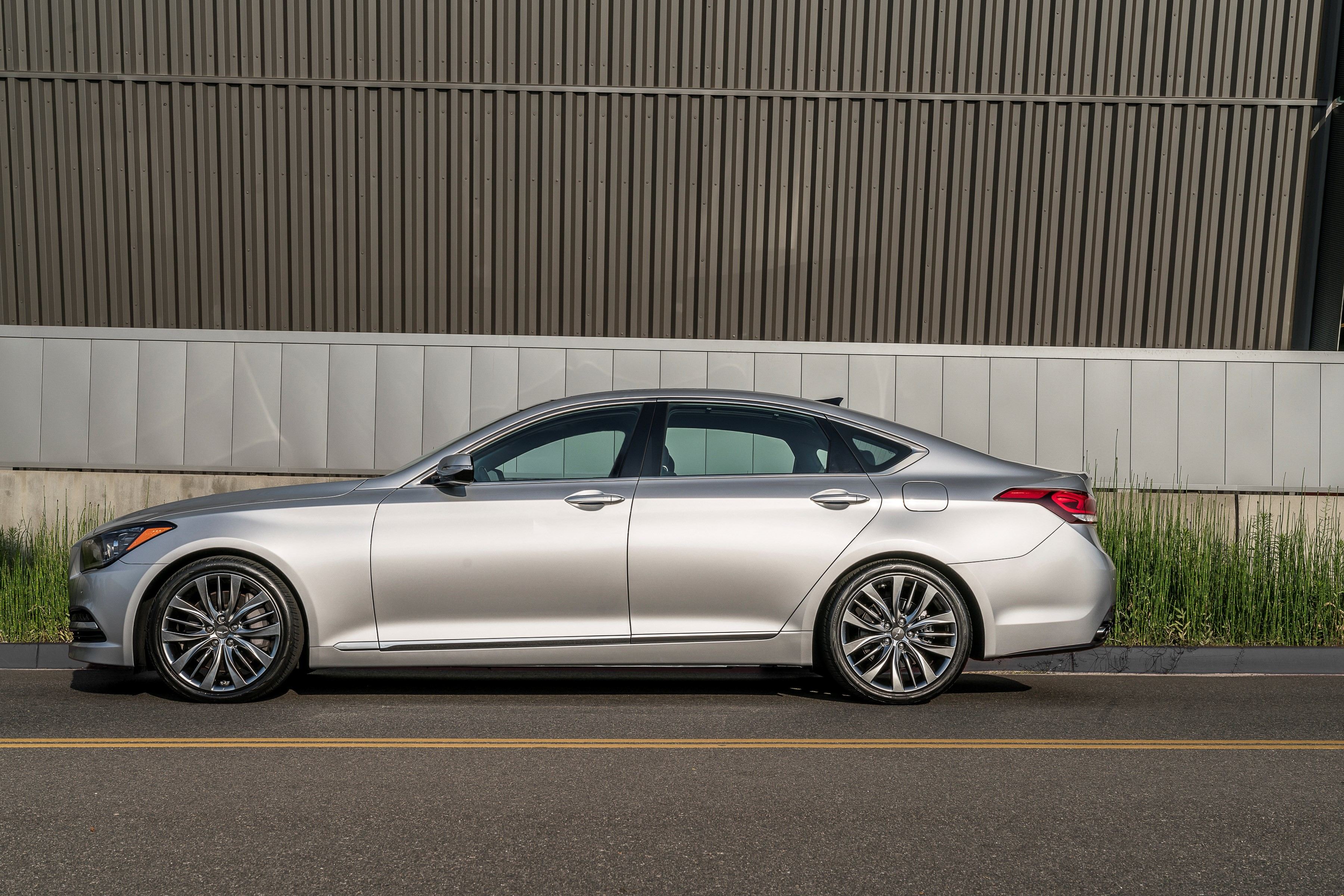 2017 genesis g80 price announced for u s market autoevolution. Black Bedroom Furniture Sets. Home Design Ideas