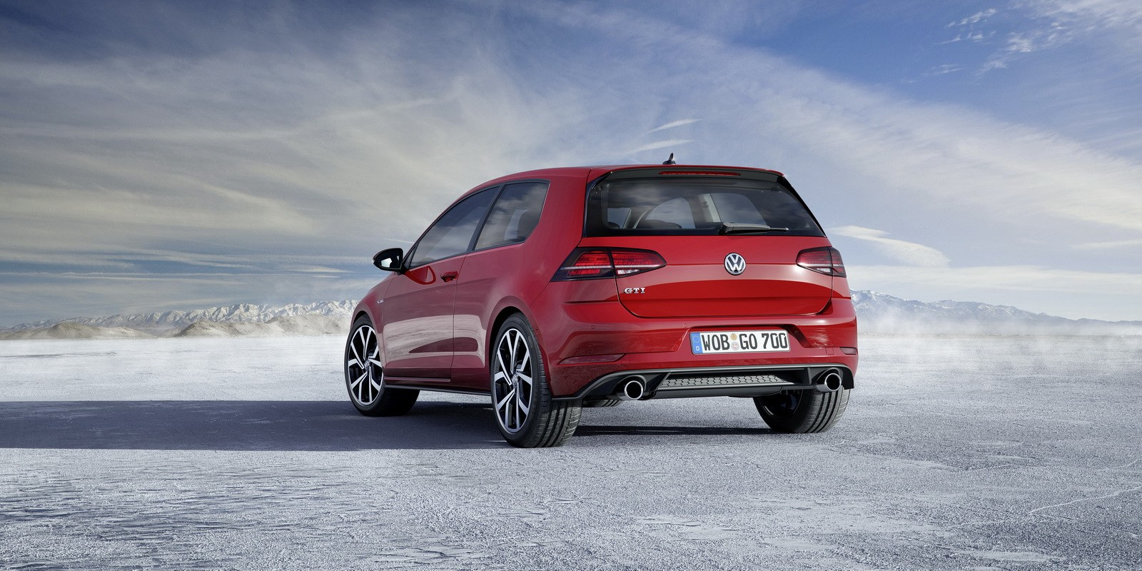 2017 golf gti has 230 hp or 245 hp with performance pack. Black Bedroom Furniture Sets. Home Design Ideas