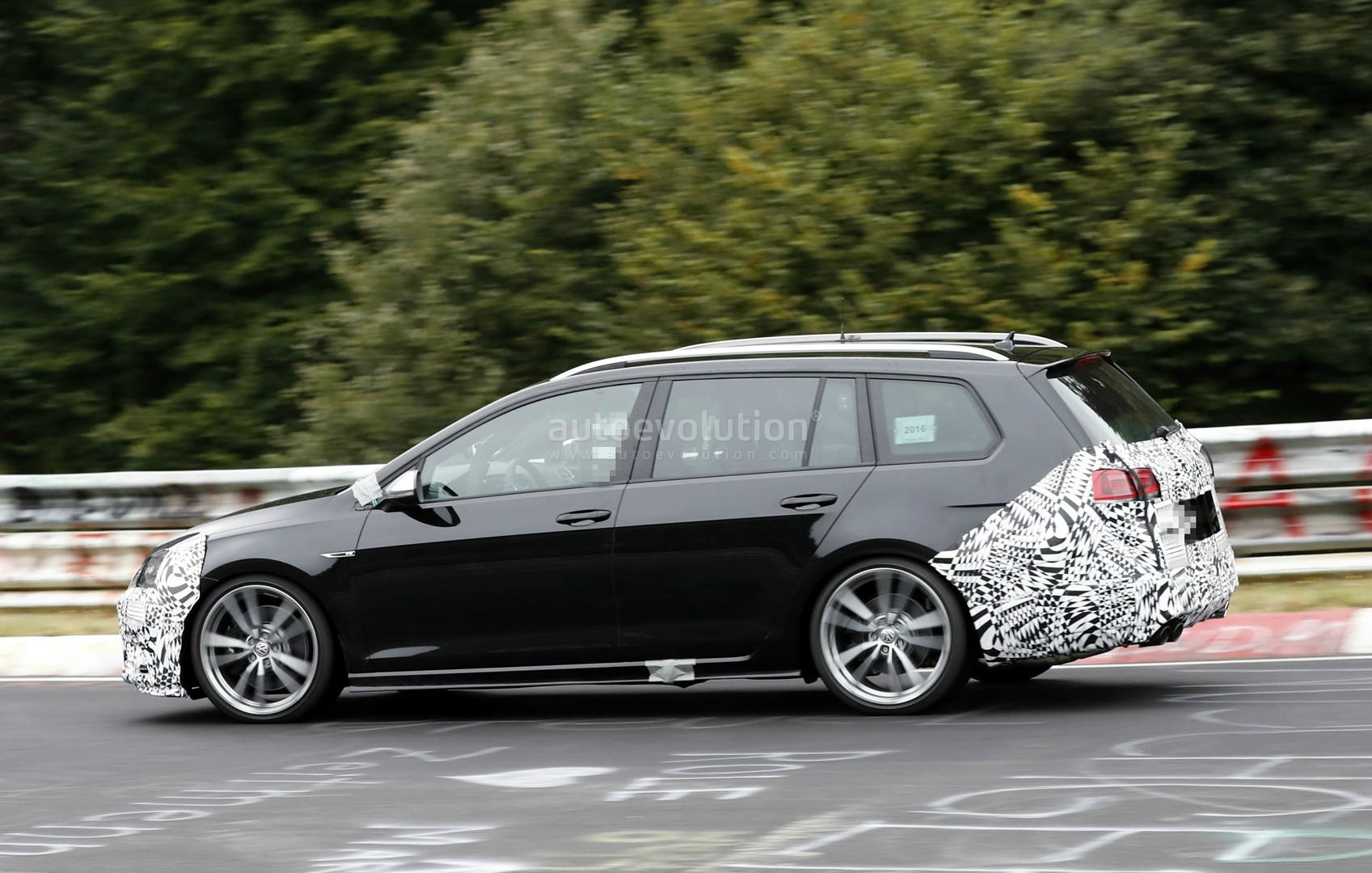 2017 golf r variant is starting to show facelift features. Black Bedroom Furniture Sets. Home Design Ideas