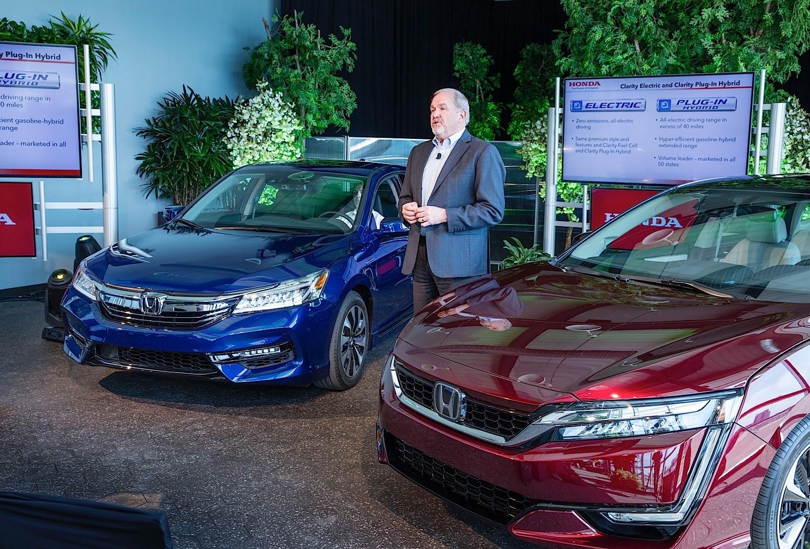 2017 Honda Accord Hybrid Tops Segment With 49 Mpg City Autoevolution
