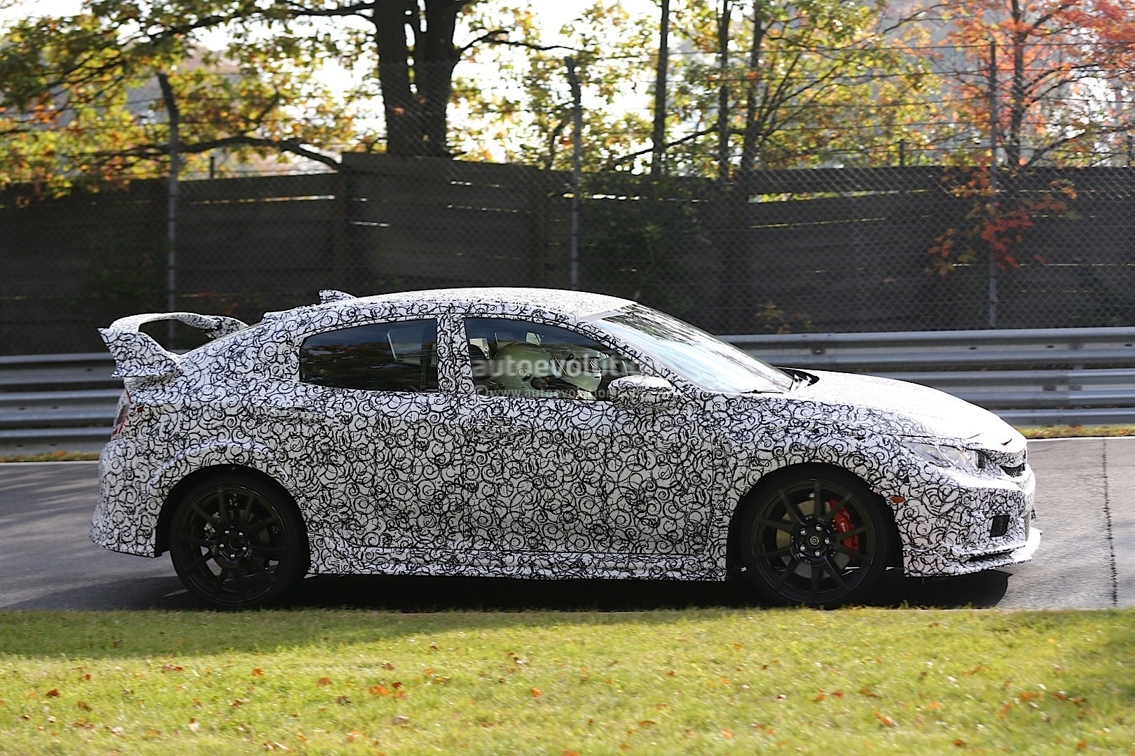 2017 honda civic announced with 1 liter and 1 5 liter vtec turbo engines autoevolution