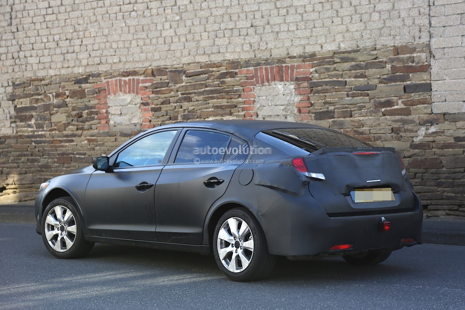 2017 Honda Civic Fastback Spied While Testing in Europe ...