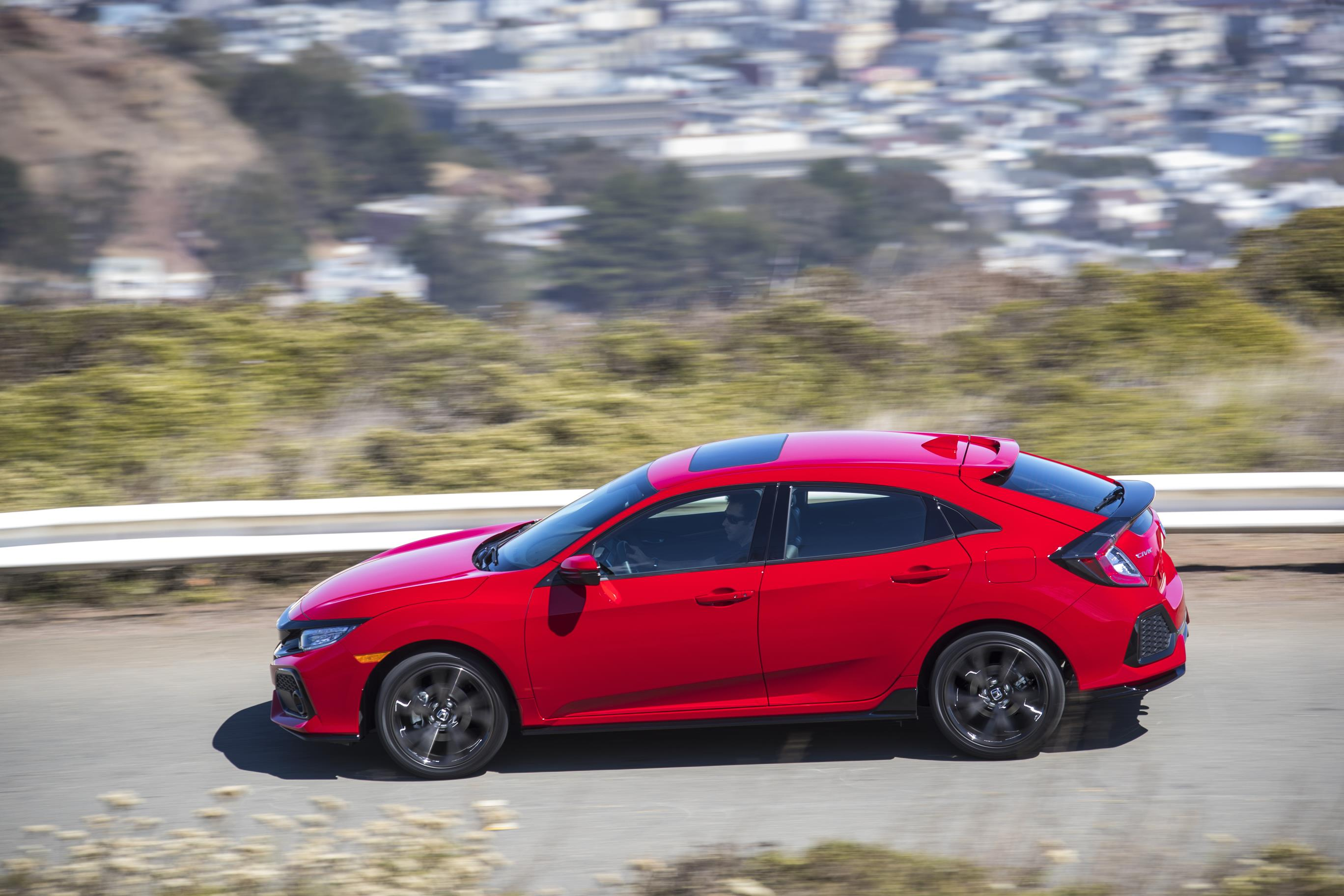 2017 Honda Civic Hatchback Arrives in America, Specs and ...