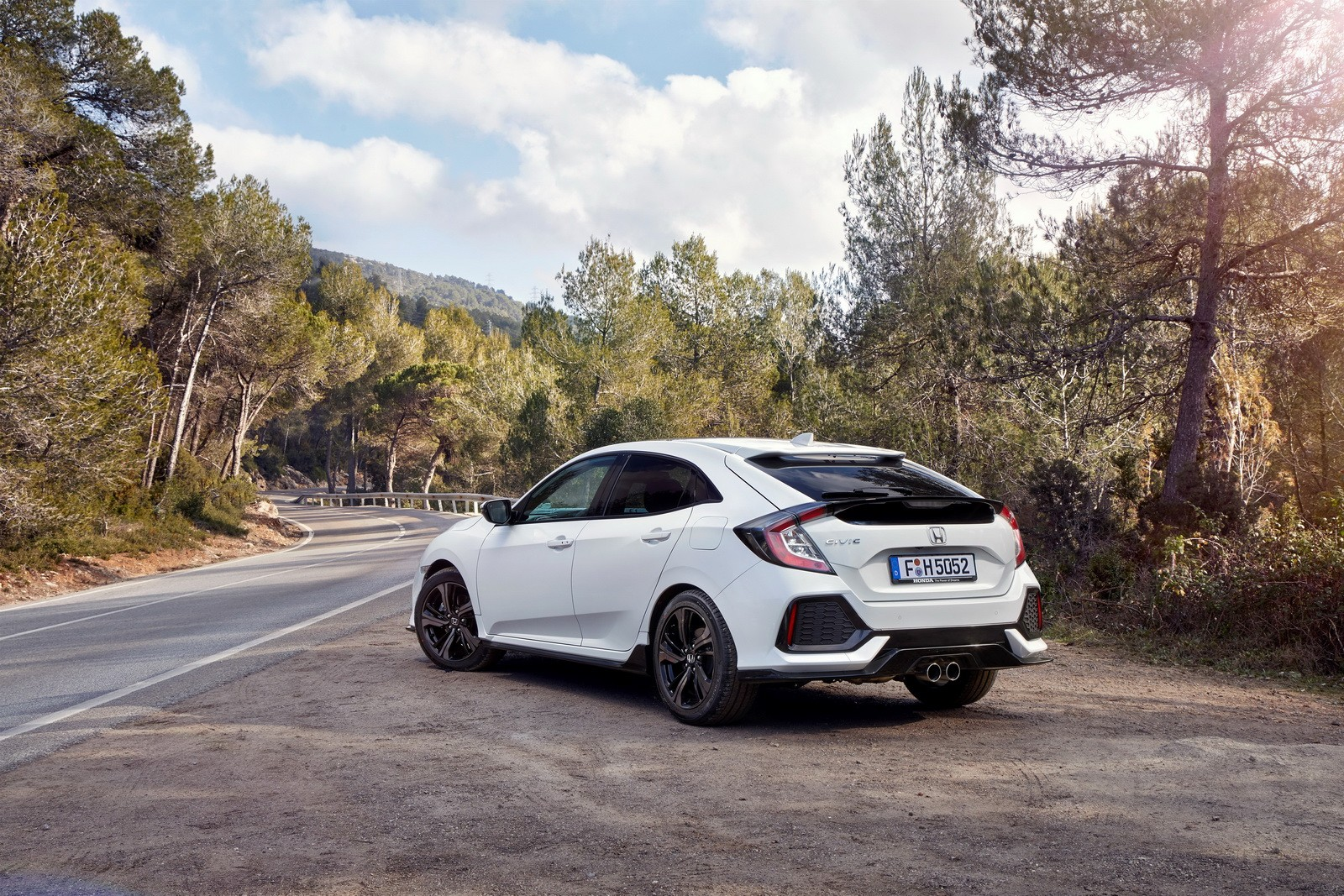 2017 Honda Civic Hatchback For Europe Detailed In Huge