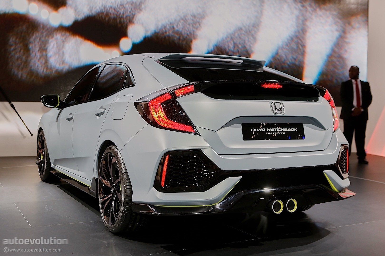 2017 honda civic hatchback previewed by concept in geneva autoevolution. Black Bedroom Furniture Sets. Home Design Ideas
