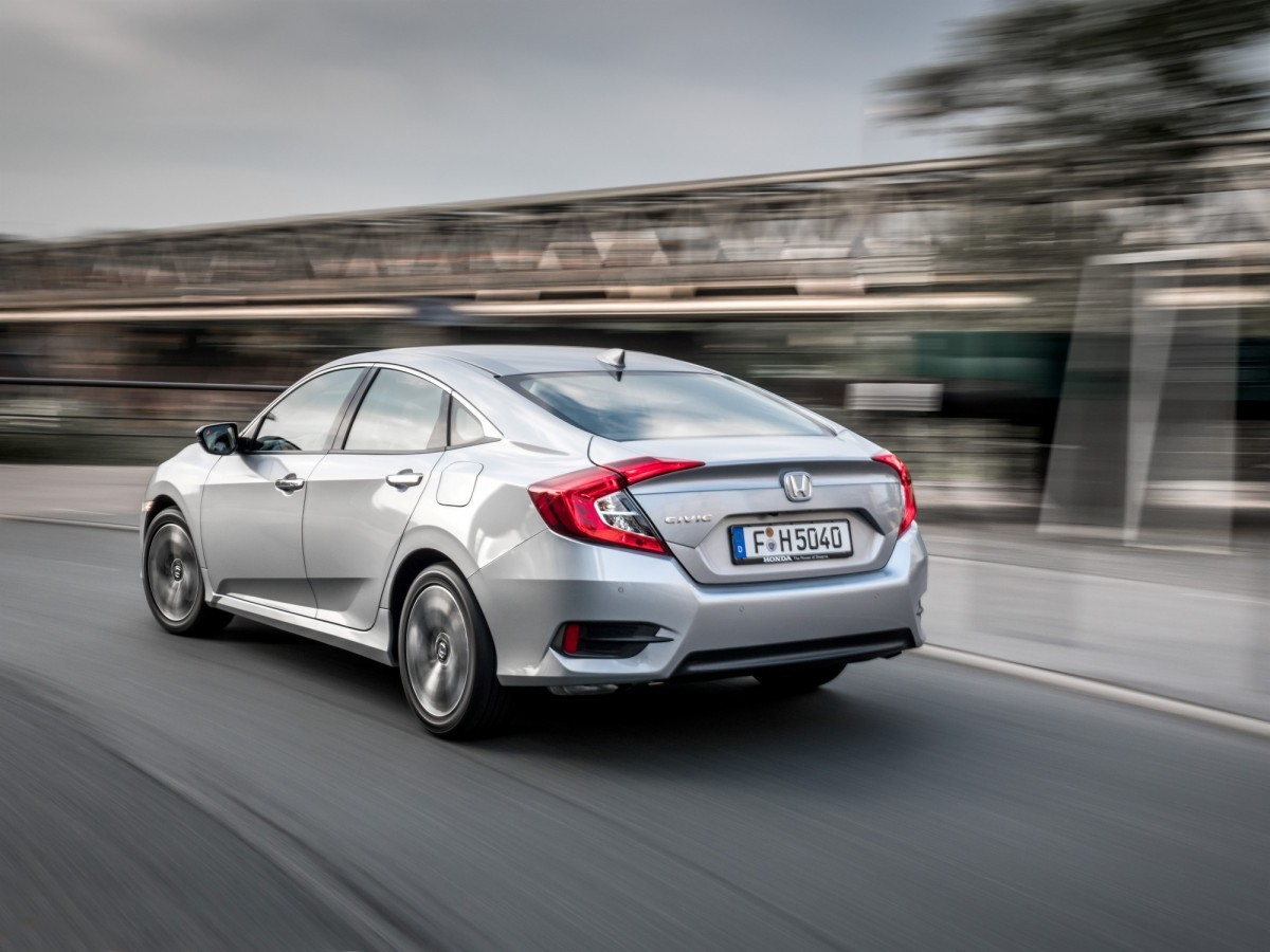 2017 Honda Civic Sedan Debuts in Europe, Is Only Available With 1.5L Turbo - autoevolution