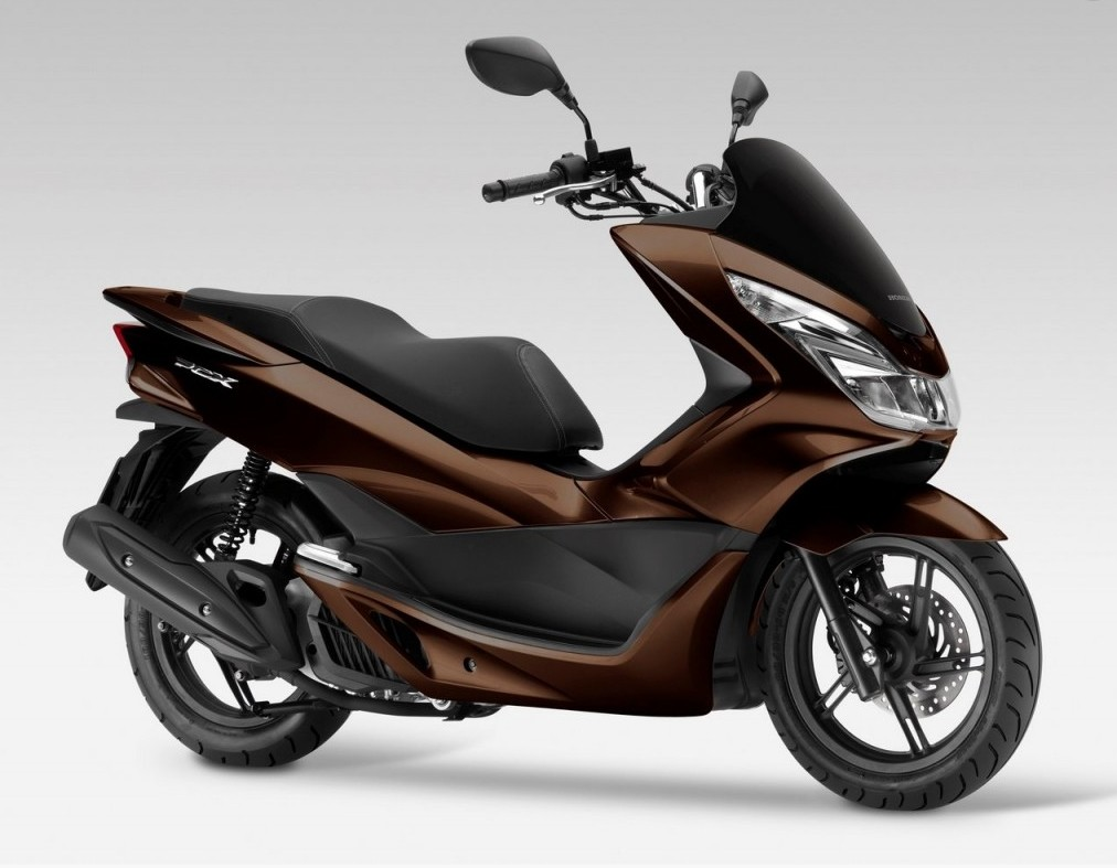 2017 honda pcx125 receives led lights and is euro 4 compliant autoevolution. Black Bedroom Furniture Sets. Home Design Ideas