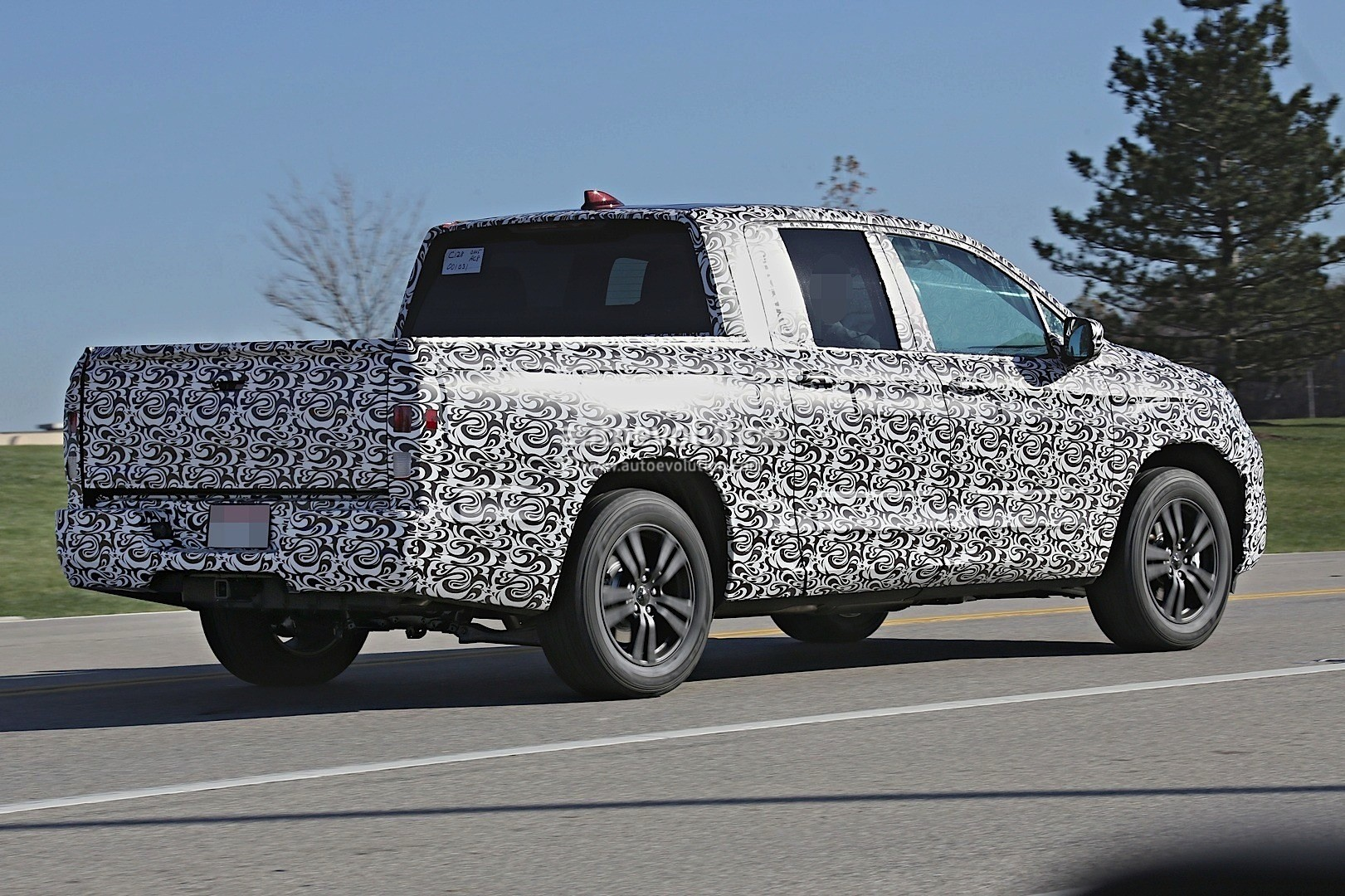 Awesome 2017 Honda Ridgeline Silhouette Revealed In Latest