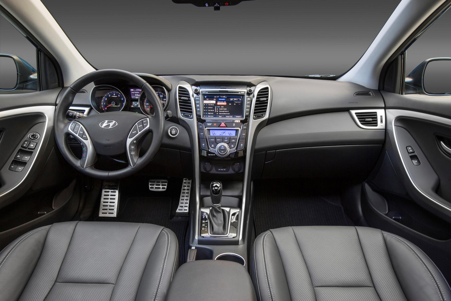 Genesis Coupe 2016 >> 2017 Hyundai Elantra GT Adds Apple CarPlay and Android Auto, Value Edition Pack - autoevolution