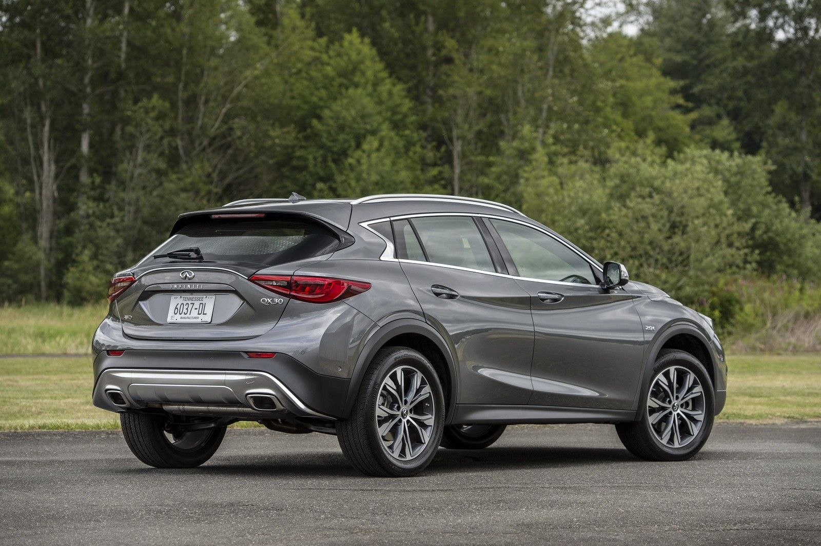 2017 Infiniti Qx30 Priced From Under 30 000 Cheaper Than X1 Q3 And Gla Autoevolution