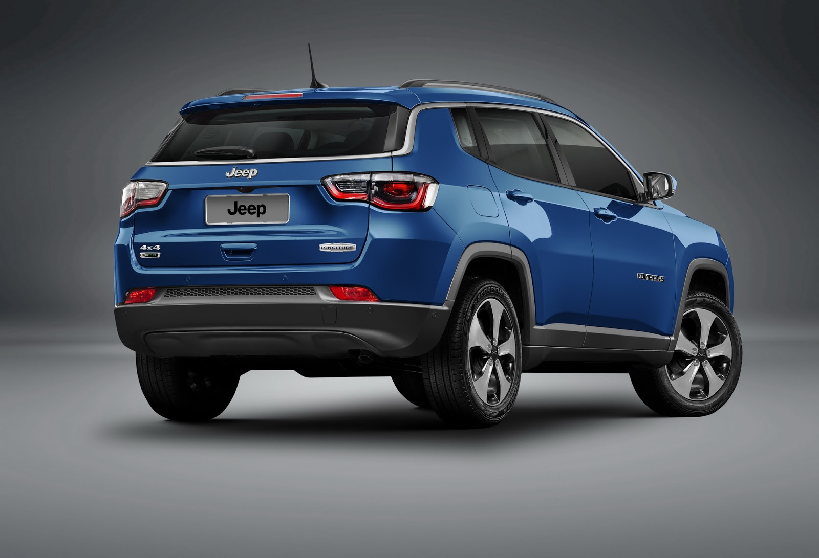 2017 jeep compass priced from 20 995 in the united states autoevolution. Black Bedroom Furniture Sets. Home Design Ideas