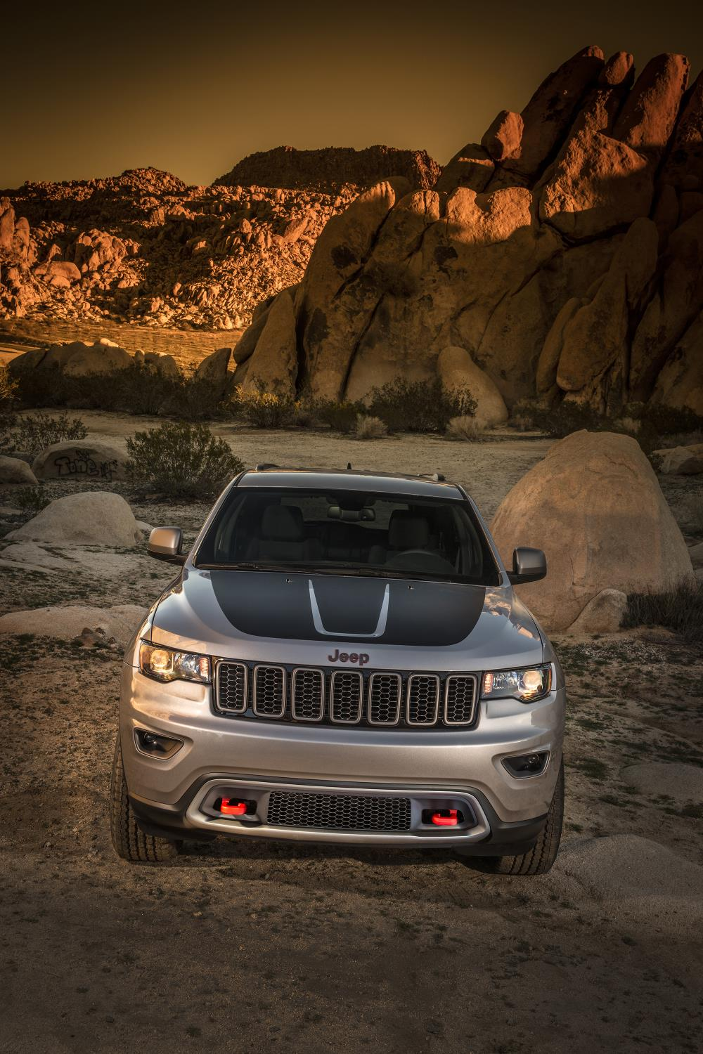 Jeep Summit 2017 >> 2017 Jeep Grand Cherokee Trailhawk and Updated Summit Launch in New York - autoevolution