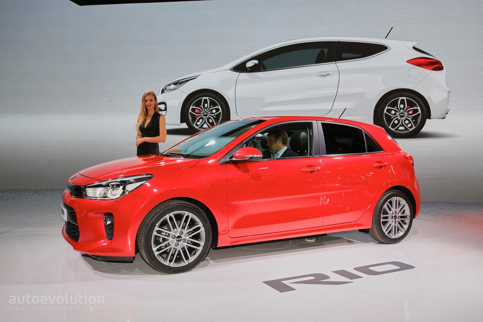 2017 kia rio makes paris debut looks good from both angles autoevolution. Black Bedroom Furniture Sets. Home Design Ideas