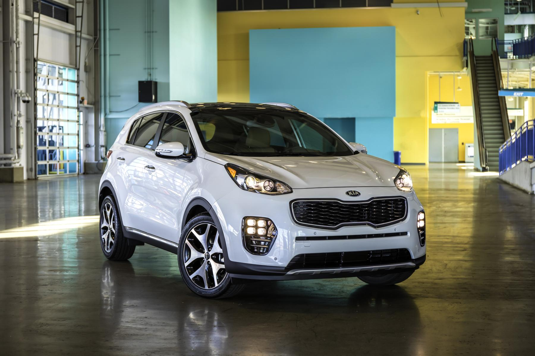 2017 Kia Sportage Makes North American Debut - autoevolution