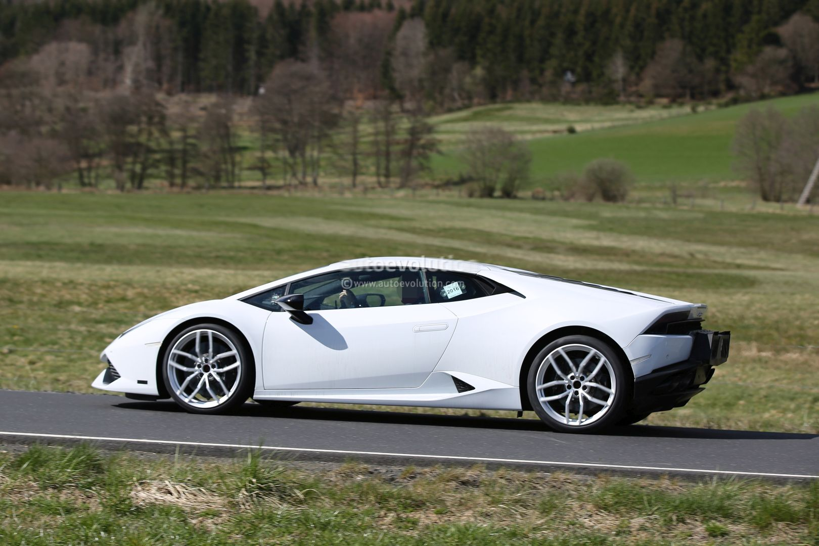 2017 Lamborghini Huracan Superleggera Spied, Shows New GT3 ...