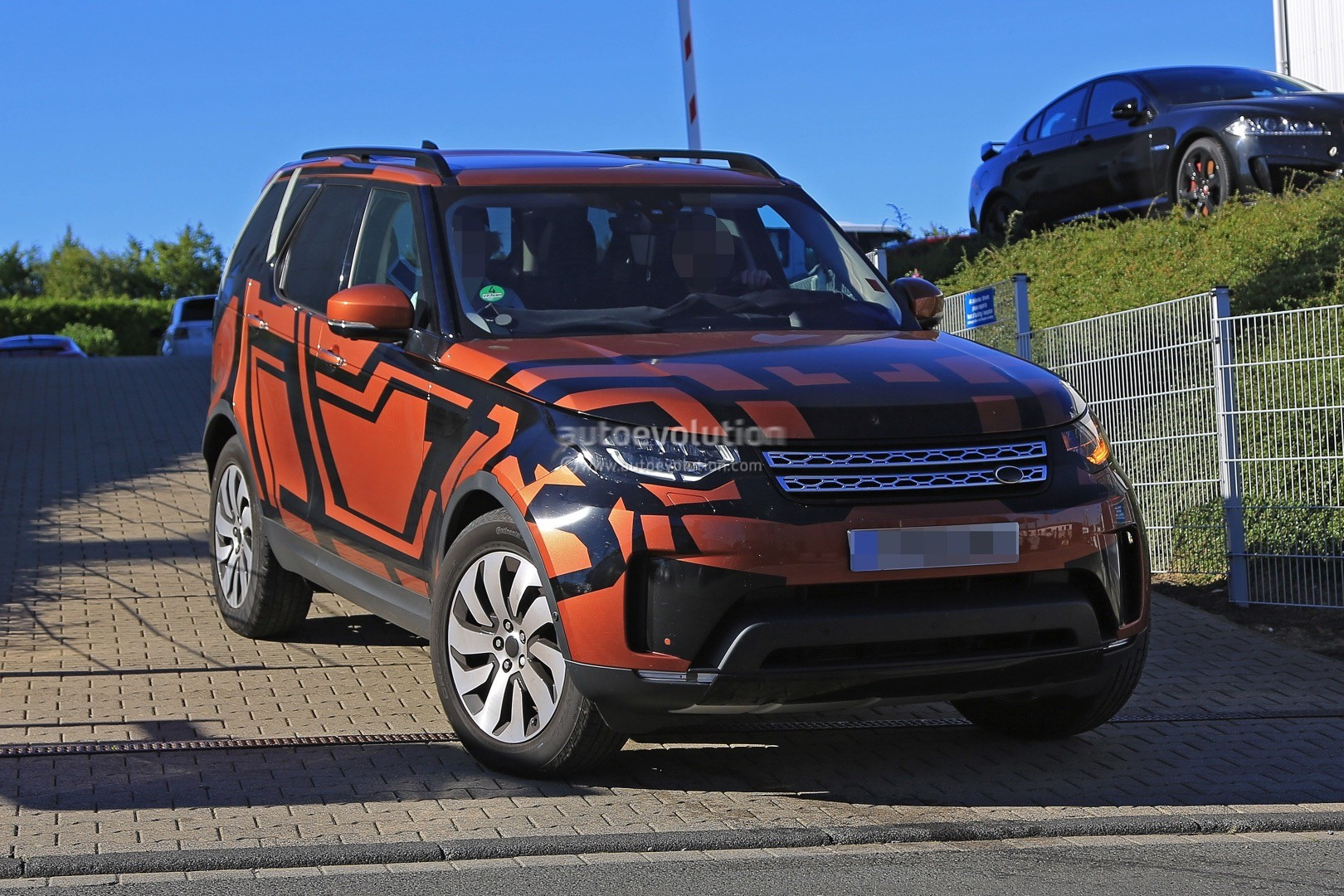crophero official vehicle discovery site landrover land sport rover