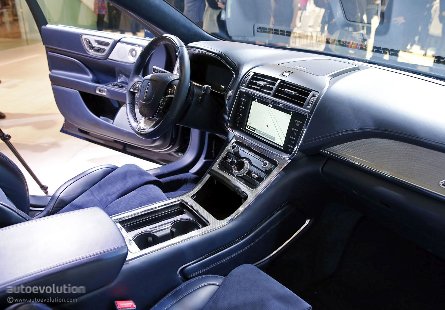2017 lincoln continental blue 200 interior and exterior. Black Bedroom Furniture Sets. Home Design Ideas