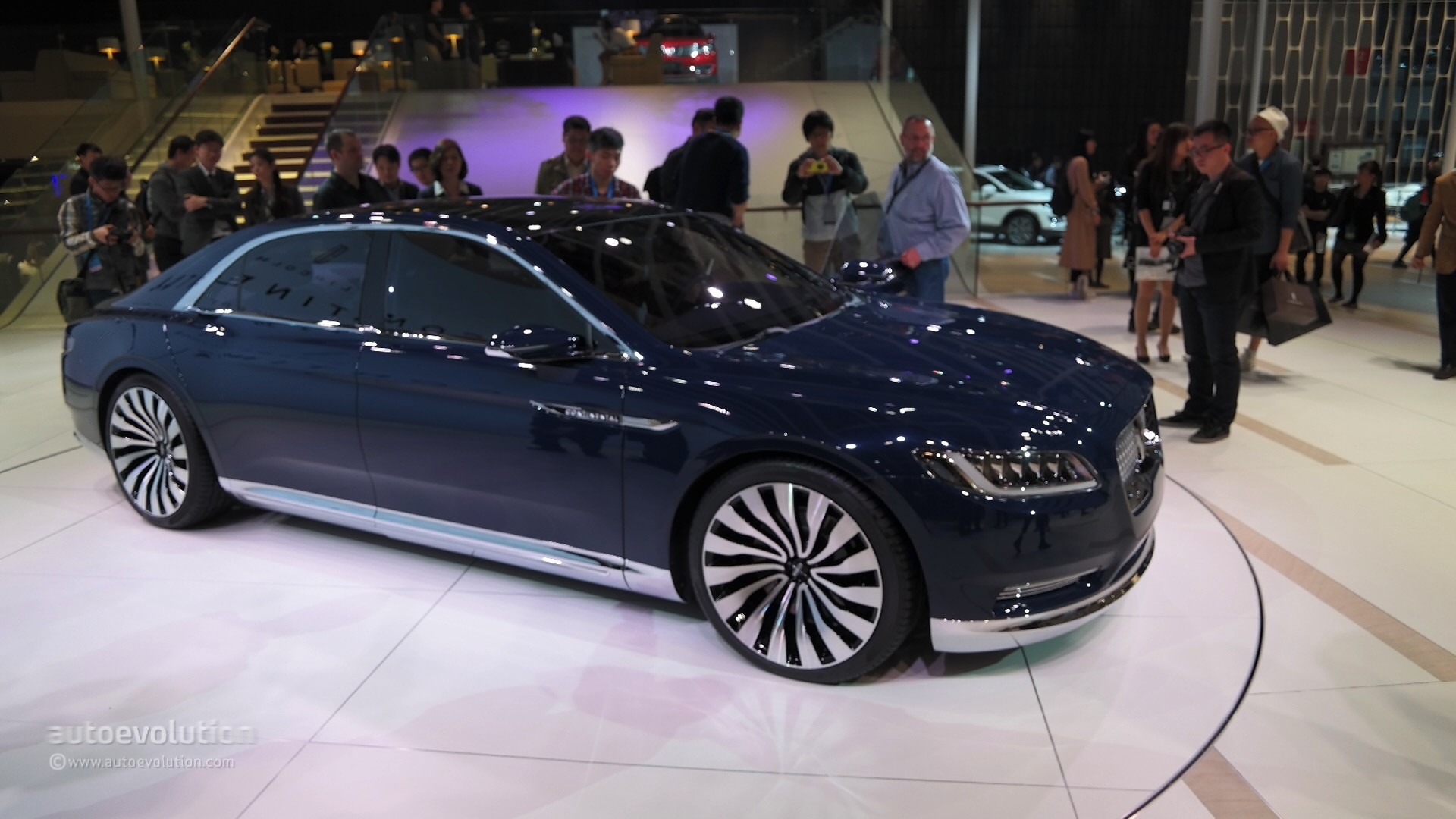2017 lincoln continental to replace 2016 lincoln mks in. Black Bedroom Furniture Sets. Home Design Ideas