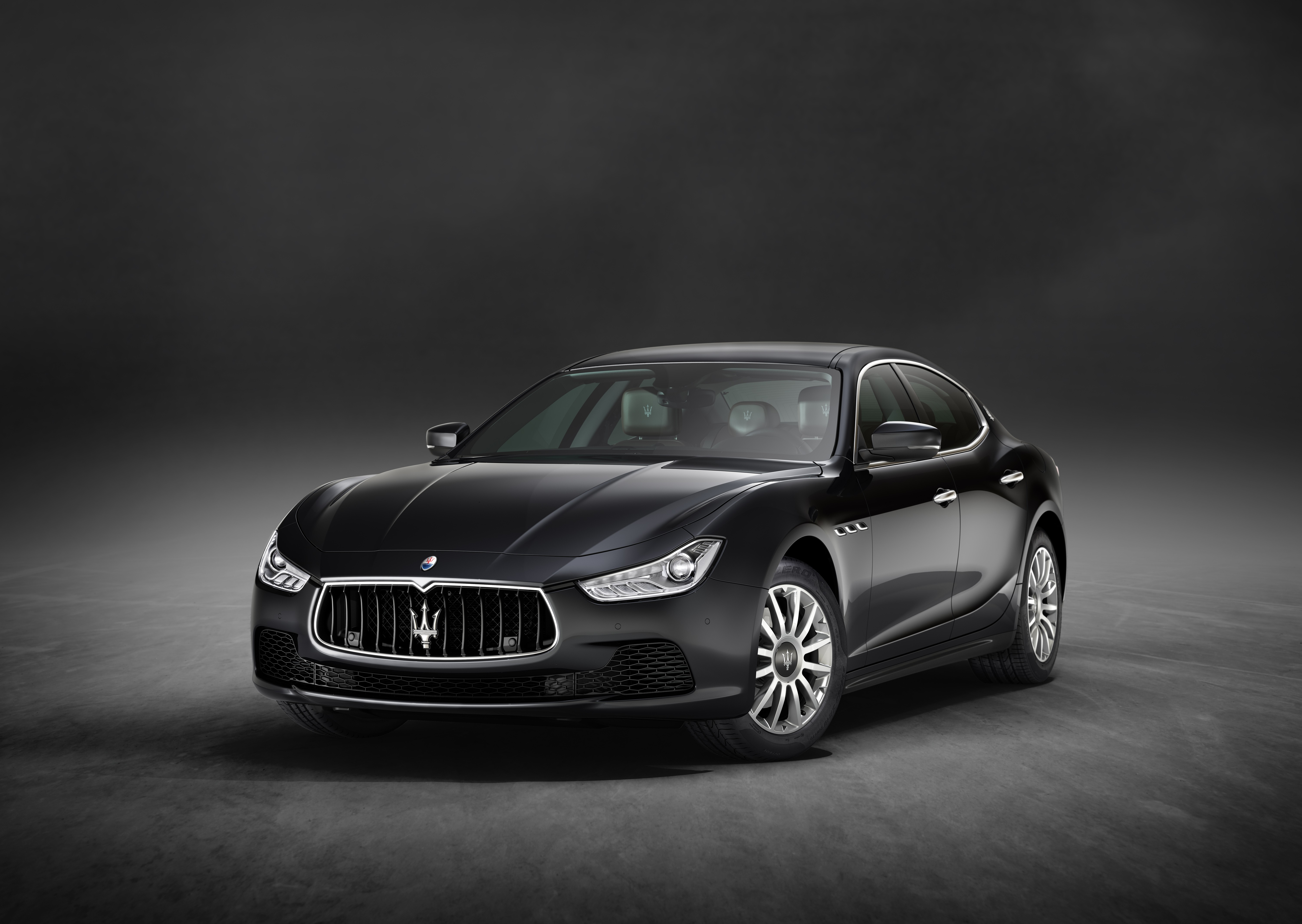 2017 Maserati Ghibli Gets More Powerful Base V6 Model, Luxury and Sport Packages  autoevolution