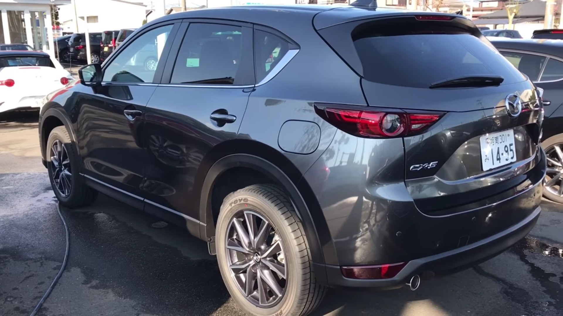 2017 mazda cx 5 pov test drive reveals how quiet the 2 2 liter diesel engine is autoevolution. Black Bedroom Furniture Sets. Home Design Ideas