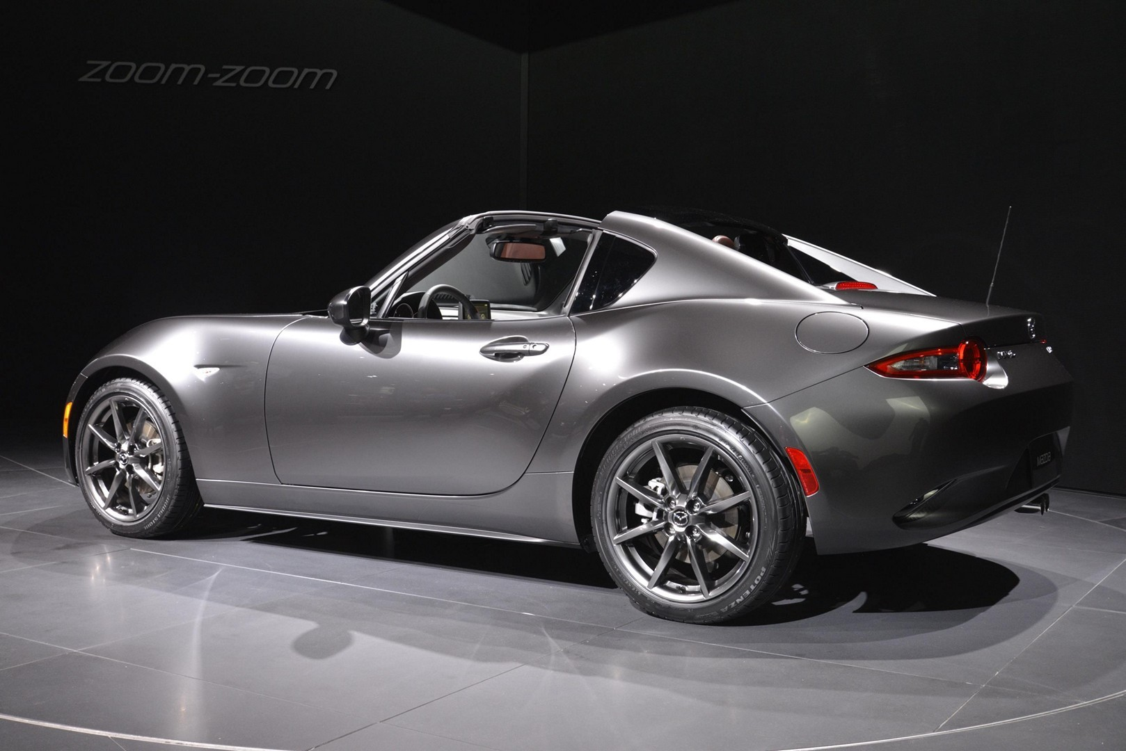 2017 mazda mx 5 miata rf launch edition priced from 33 850 can be pre ordered autoevolution. Black Bedroom Furniture Sets. Home Design Ideas