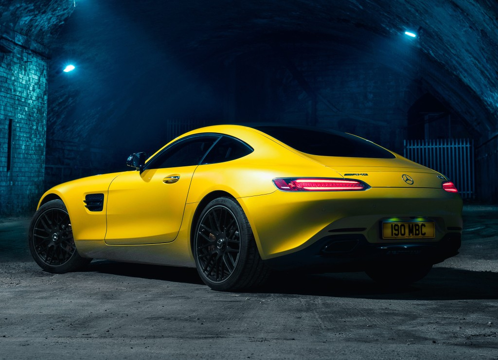 2017 Mercedes-AMG GT Priced From $112,125, Vinyl Seats Included - autoevolution
