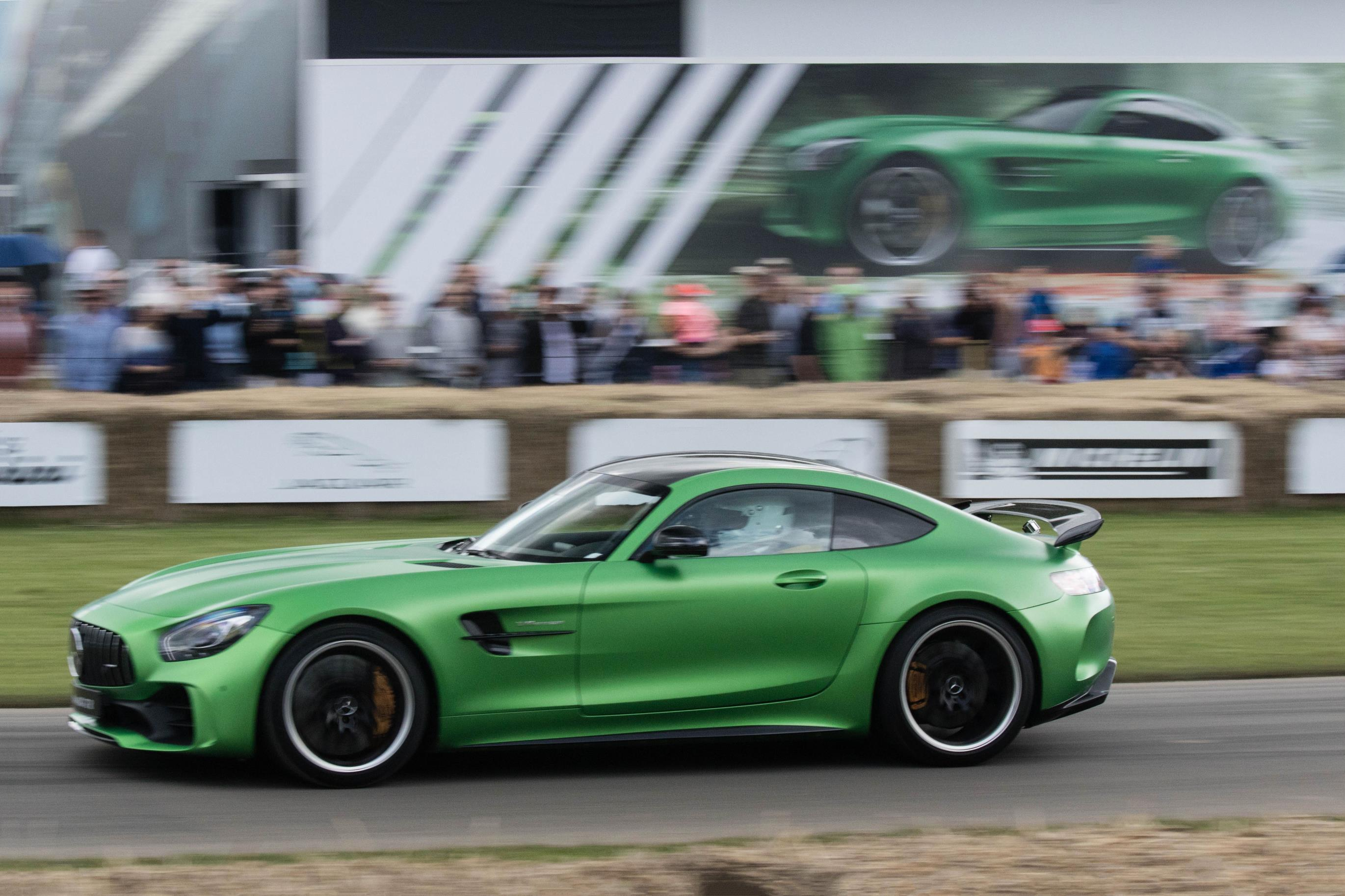 2017 Mercedes-AMG GT R Makes Dynamic Debut at Goodwood FoS ...