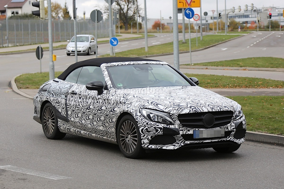2017 mercedes benz c class cabriolet a205 leaves roof camouflage at home autoevolution. Black Bedroom Furniture Sets. Home Design Ideas