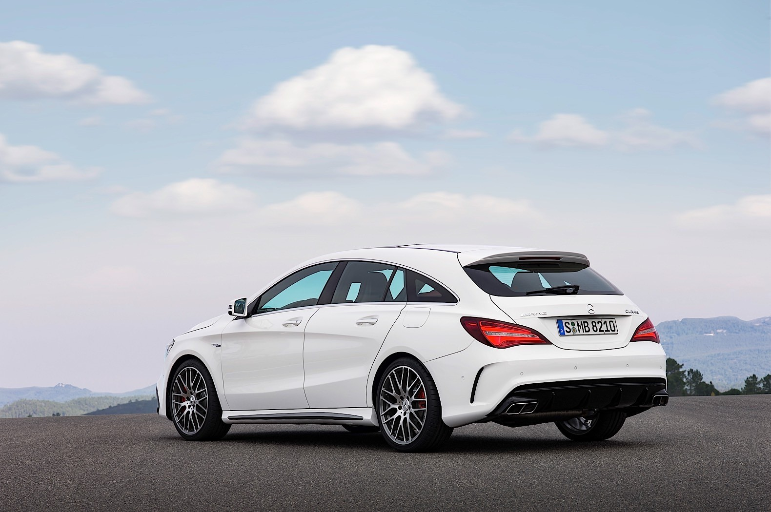 2017 mercedes benz cla cla shooting brake priced in. Black Bedroom Furniture Sets. Home Design Ideas