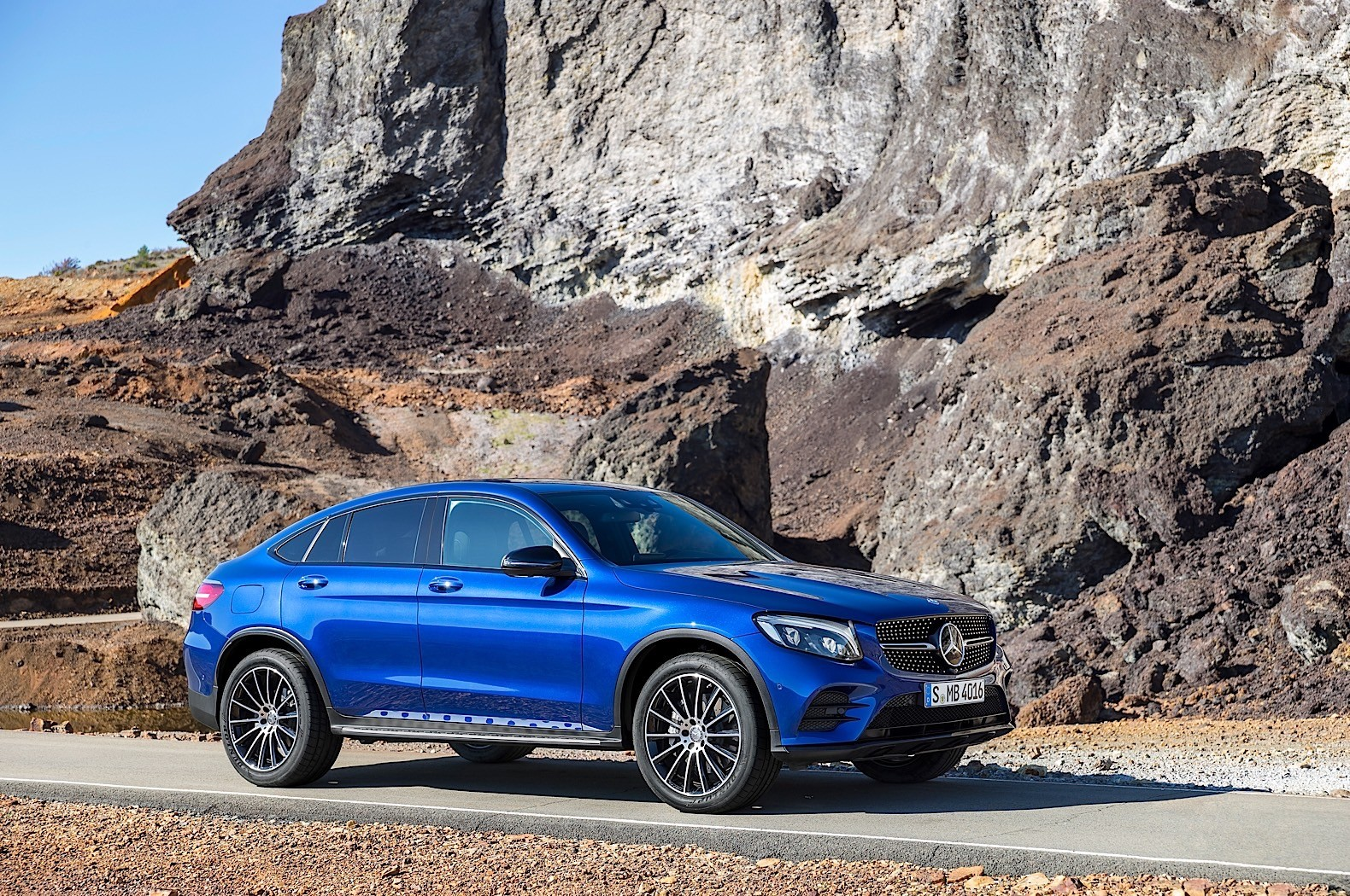 2017 mercedes benz glc coupe is out for bmw x4 blood in for Mercedes benz nyc