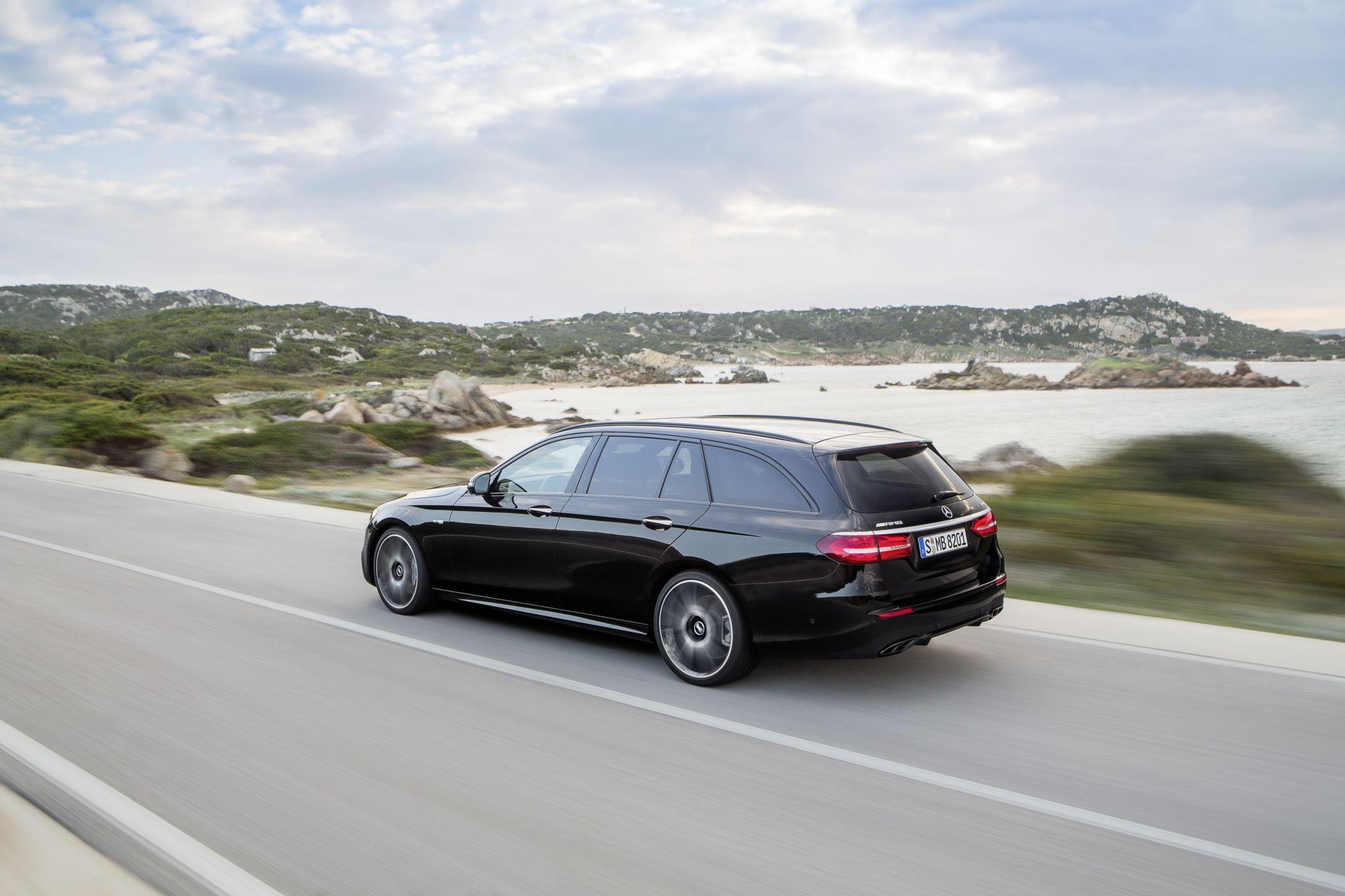 2017 mercedes benz e class wagon is both spacious and for Mercedes benz e class wagon for sale
