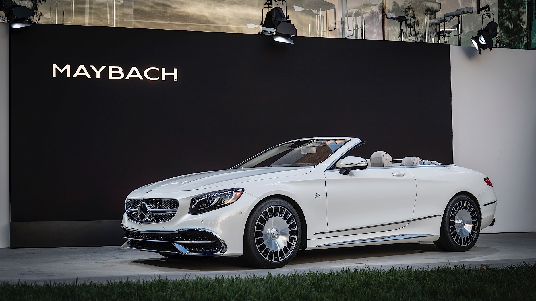 2017 Mercedes Maybach S650 Cabriolet Is A Topless Land Yacht