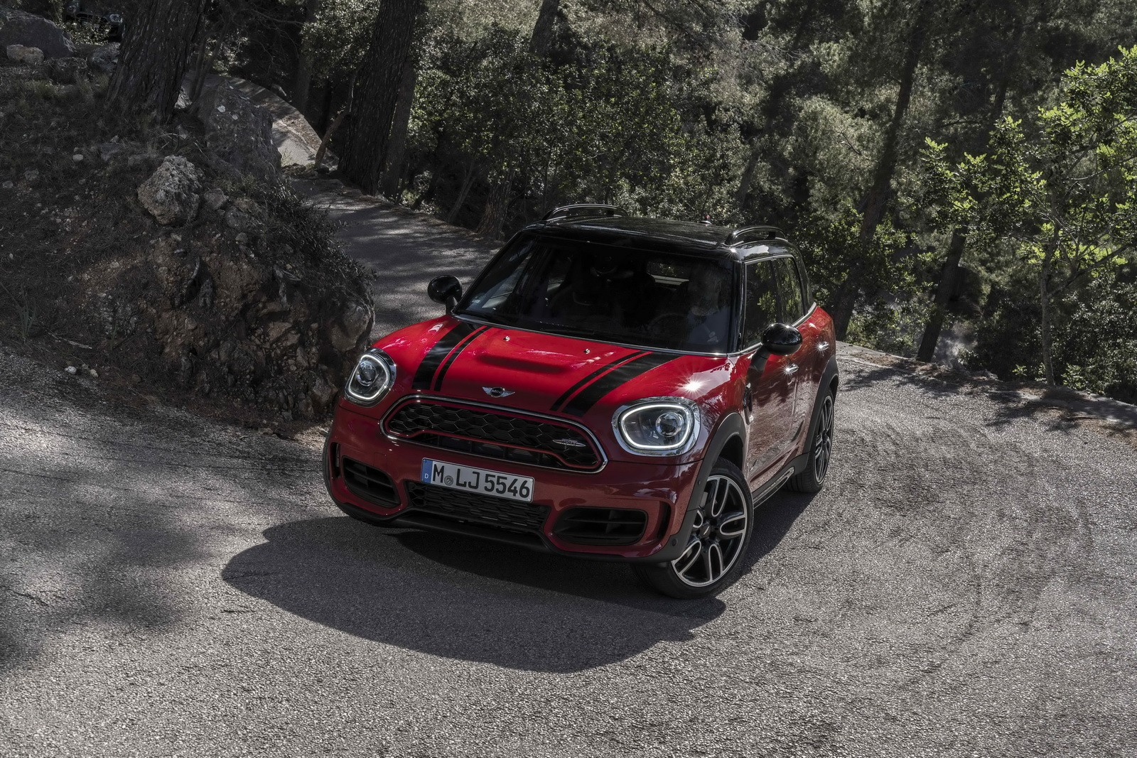 New MINI JCW Countryman Review Says Its Disappointingly Fat Not