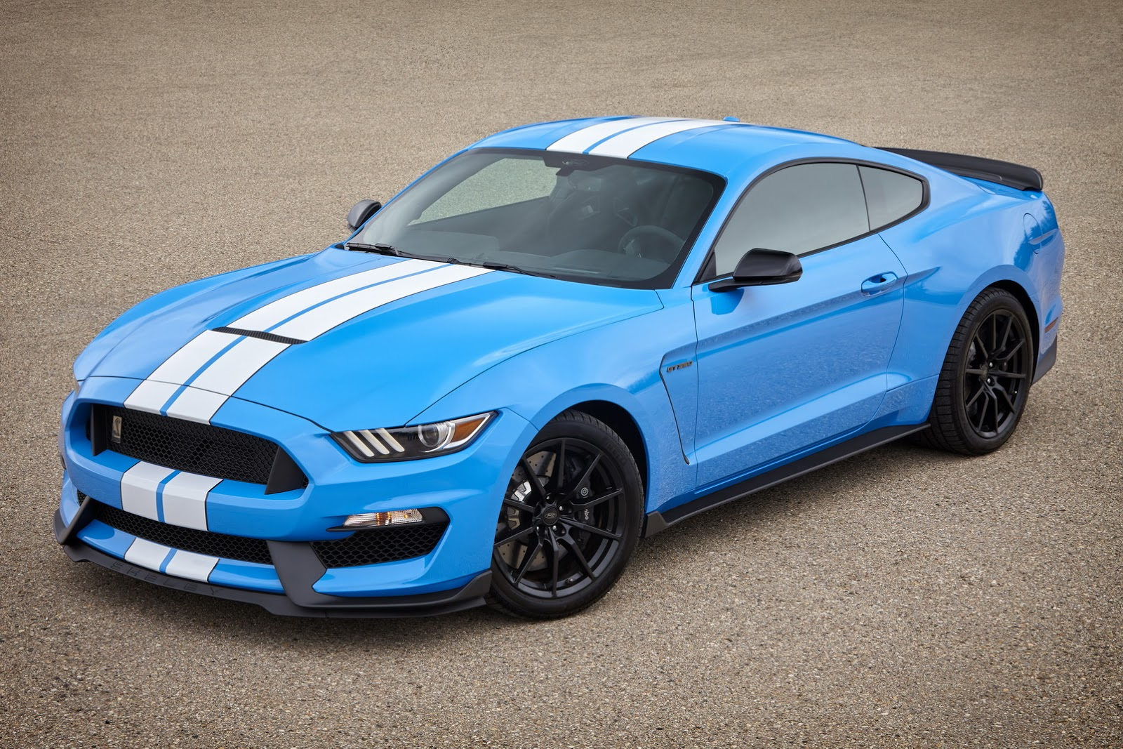 2017 mustang shelby gt350 first pics of new colors are - Mustang gt ...