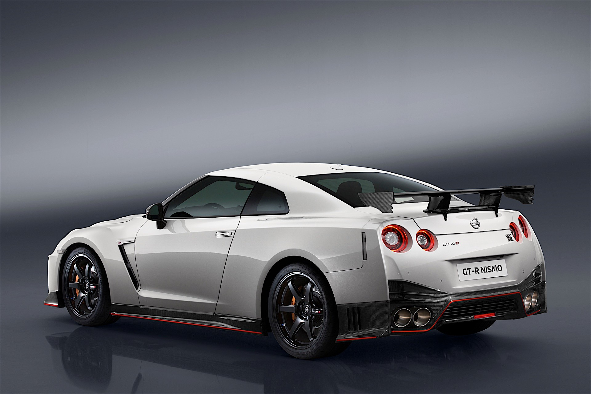 Nissan Unveils 2017 GT-R Nismo At Nurburgring, Comes With ...