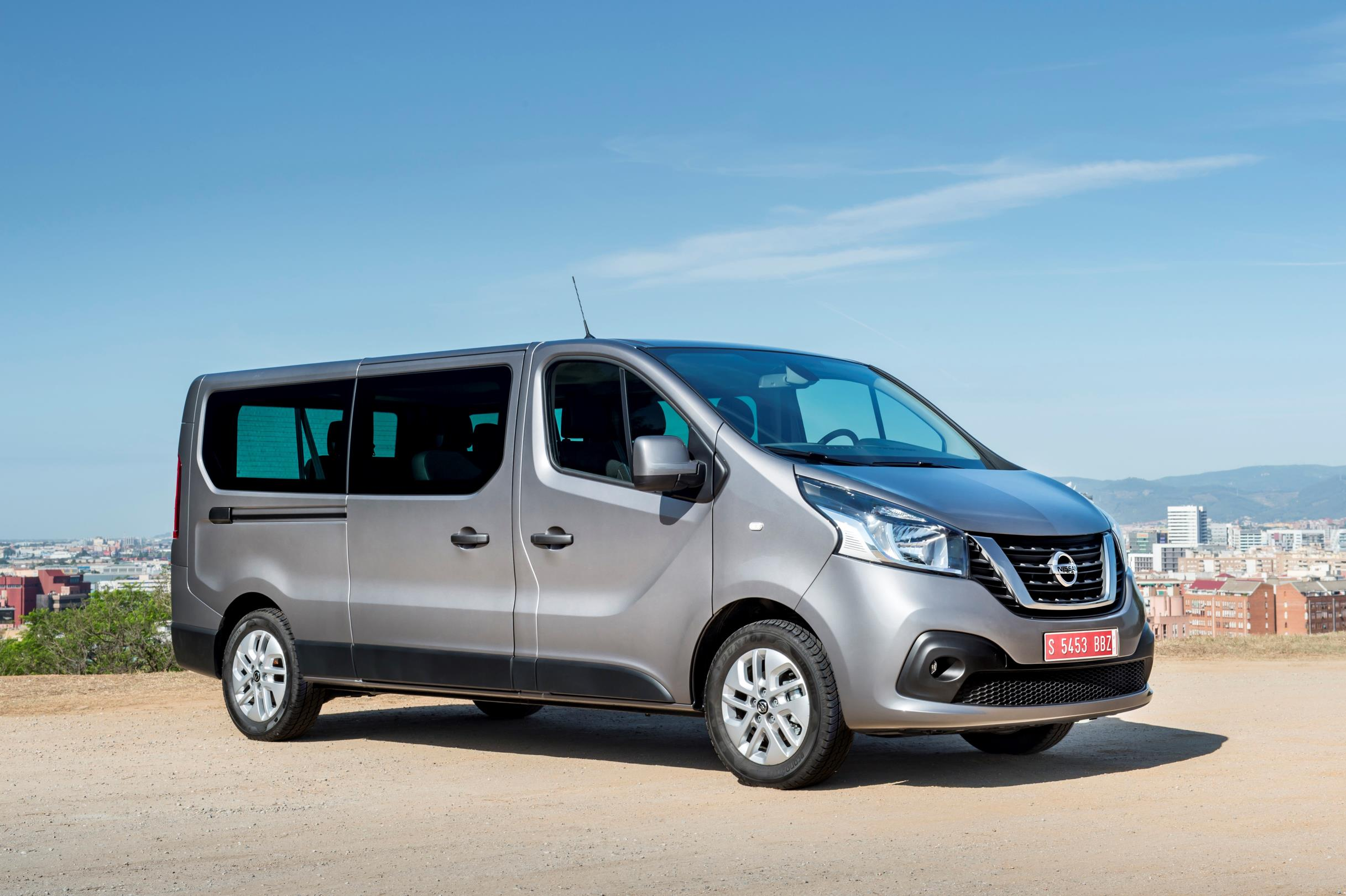 2016 Camper Van >> 2017 Nissan NV300 Replaces Primastar Van - autoevolution